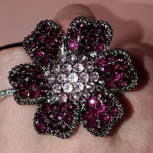 Flower rhinestone stretch ring